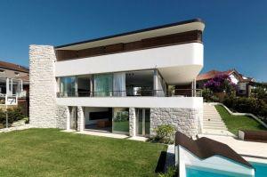 Balcony-Over-Bronte-01-800x533